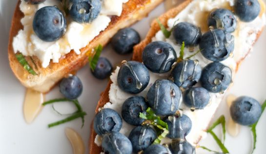 Grilled Ciabatta, Ricotta Cheese, Fresh Blueberries, Organic Honey & Mint. More breakfast
