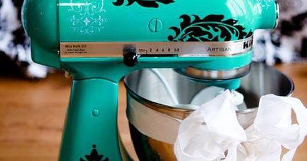 vinyl decals on kitchenaid mixer = genius I want this I want