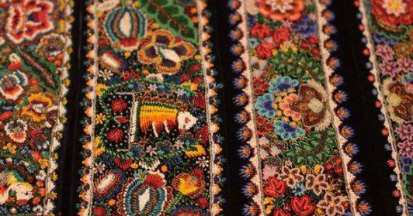 Traditional Romanian Motifs Made From Beads Handicraft Pinterest Traditional Beads And