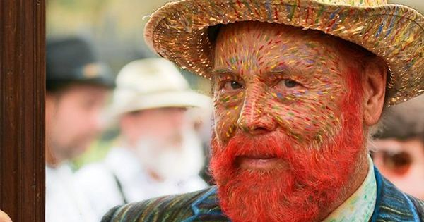 Guy at Mardi Gras dressed as self portrait of Vincent Van Gogh.
