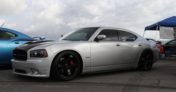 dodge charger srt black chrome rims with red calipers it 39 s a fight between these and the dodge. Black Bedroom Furniture Sets. Home Design Ideas