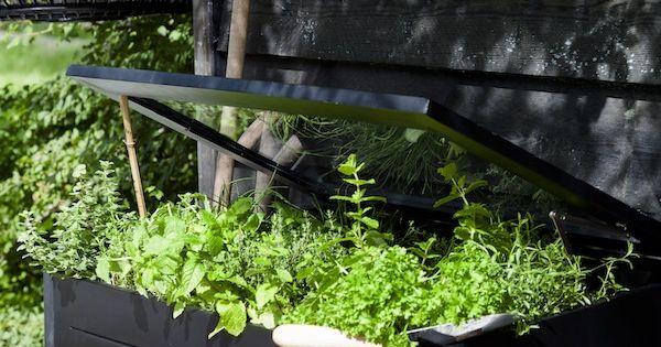 Karwei met zwarte tuinbeits cre er je eenheid in al je tuinhout outdoor pinterest - Kleine ijdelheid eenheid ...