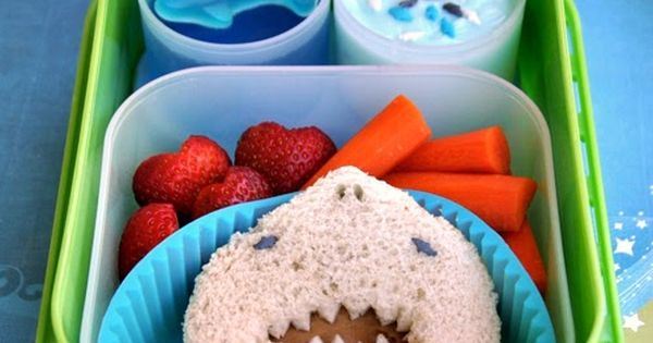 shark week bento lunch in yubo lunch box giveaway betterlunches fun food for kids. Black Bedroom Furniture Sets. Home Design Ideas