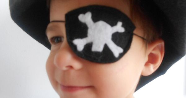 how to make a felt pirate eye patch