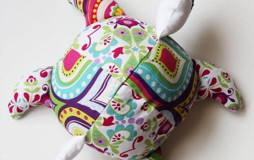 Sea Turtle Softie Pattern and Tutorial - Positively Splendid {Crafts, Sewing, Recipes
