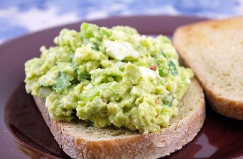 This looks so good! avocado spinach egg salad avocado spinach eggsalad yum
