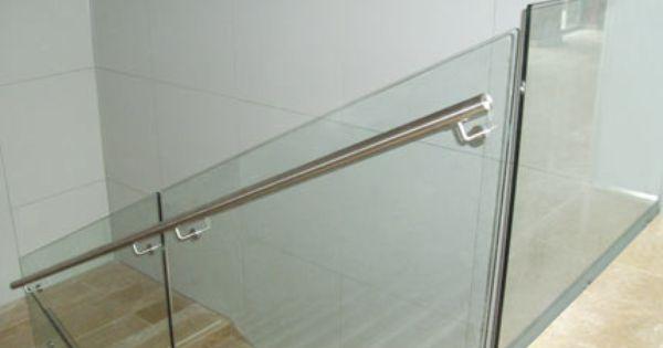 Barandilla teistor de cristal con pasamanos de acero - Pasamanos de acero ...