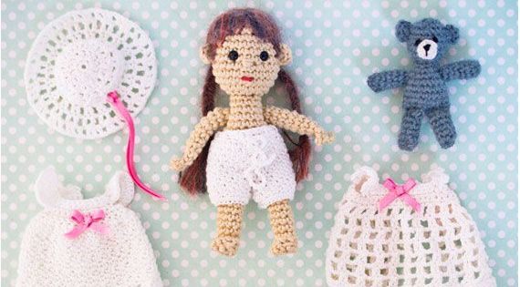 Crochet doll with crochet clothes. Free pattern ...