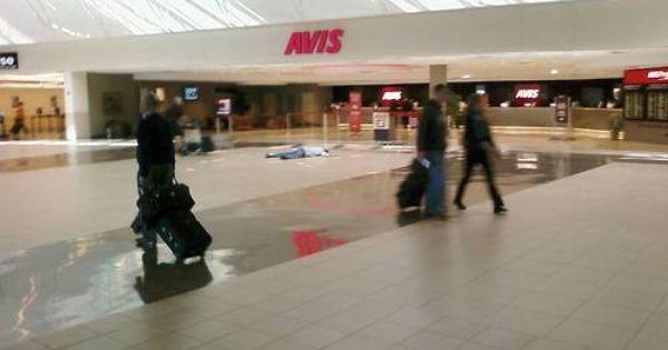 I M Dead At Avis Sky Harbor Int L Airport Phoenix Az W 8