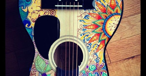 Love this hand painted guitar, and I want to paint one myself.