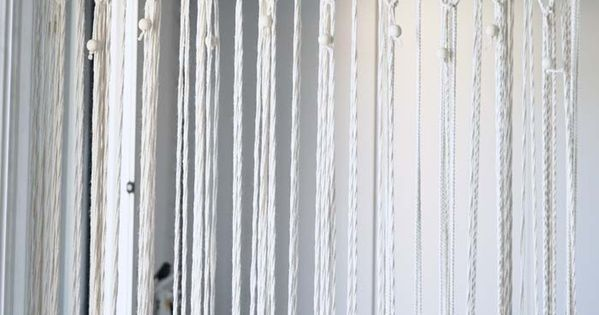 diy j 39 ai r alis un rideau en macram chez moi tuto inside bricolage neli quilling and crochet. Black Bedroom Furniture Sets. Home Design Ideas