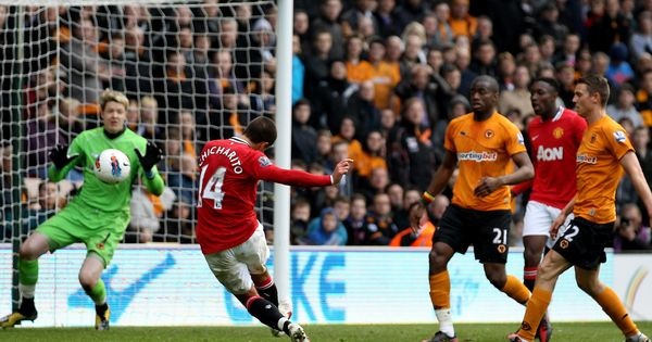 Wolves 0 Man Utd 5 In March 2012 At Old Trafford Javier Hernandez Scores His 2nd Goal To Make It 0 5 On 61 Minutes Pr In 2020 Javier Hernandez Man Utd Crest Trafford
