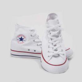 Le classiche e ormai senza tempo scarpe All Star bianche alte ...