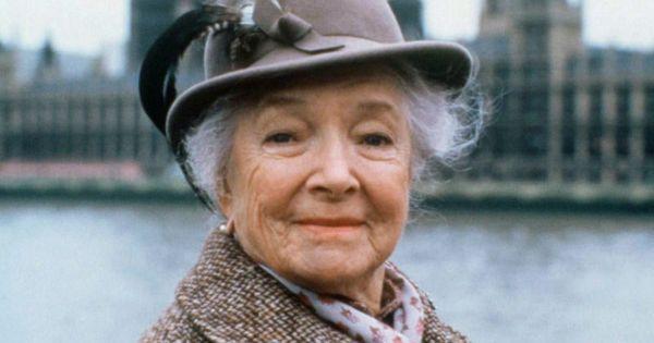 Helen hayes in miss marple 1983 miss marple nei caraibi - Assassinio allo specchio ...