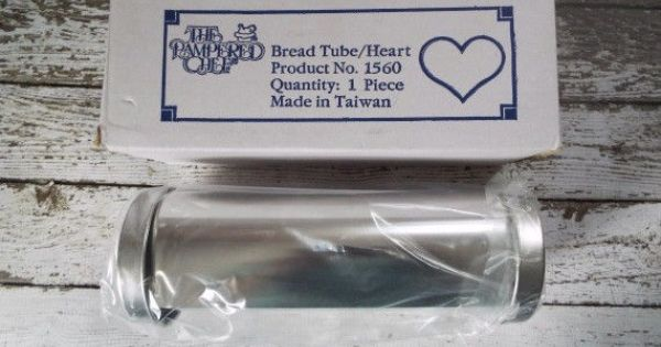 New in box the pampered chef bread tube heart baking mold for Canape bread tubes