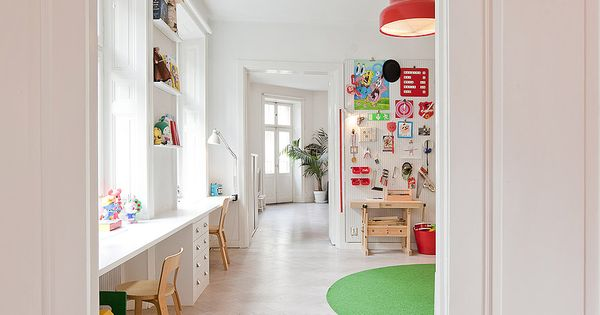 Kids Rooms: Simple Modern Color