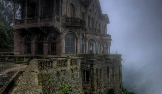 Amazing Abandoned Places In The World Please Journey To Our Websitore Http Steampunkvapemod