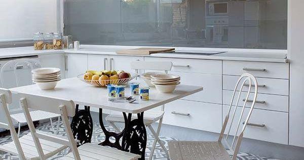 Suelo de baldosa hidr ulica cocina moderna suelos y moderno for Suelos de cocina modernos