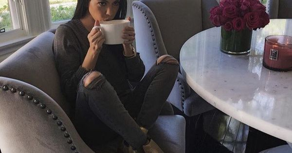 Love Kourtney Kardashian Kitchen Table Chairs Cozy Kitchen Would Do A Wood Table For