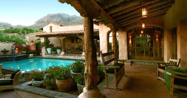 Lovely Would Love To Spend My Mornings There Hacienda Style Homes Spanish Style Homes Courtyard House Plans