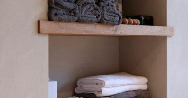 badezimmer nische mit holzregalen home inspo pinterest. Black Bedroom Furniture Sets. Home Design Ideas