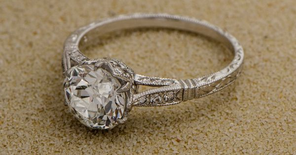 WOW! Estate Diamond Engagement Ring set in Handmade Platinum. I want this!