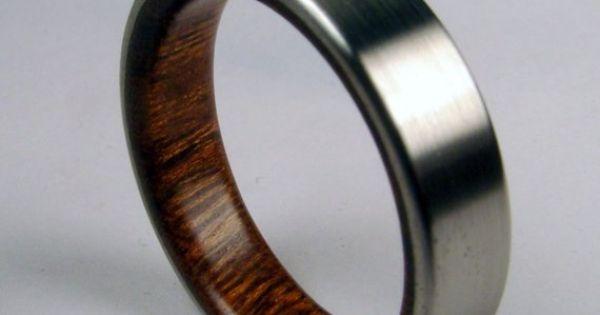 Men's ring = gorgeous!!
