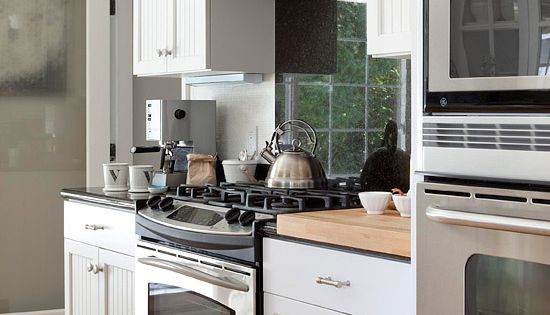 Budget Kitchen Remodeling Under 5 000 Kitchens Bead Board Cabinets Stove And Cabinets