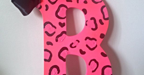 Pink cheetah letter 9 hot pink cheetah leopard initial for Shoulder decoration 9 letters