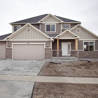 Breckenridge Plan Stillwater Model Home Saratoga Springs Lake Houses Exterior House Exterior Exterior House Siding