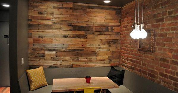 Living room appealing basement family room decorating for Scritte in legno da parete