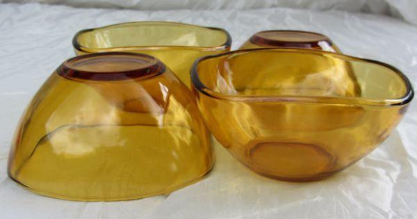3 amber Vereco.Vintage soup or Salad bowls.