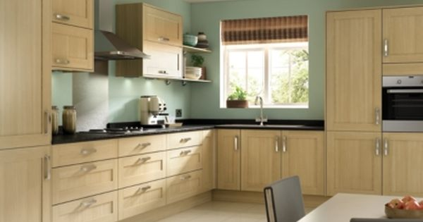Tulsa Oak Effect Shaker Kitchen Fittings Kitchen Cabinets Flatpack Kitchen