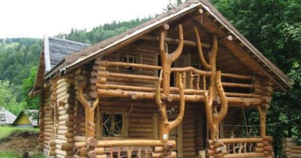 Amazing Log Home With A Wild Design Log Homes House In The Woods Log Home Designs