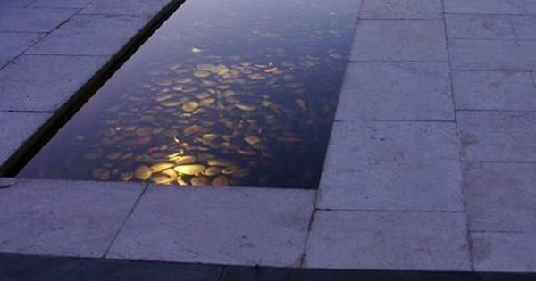 Gartengestaltung ideen modern wassermerkmal steinboden for Gartengestaltung john