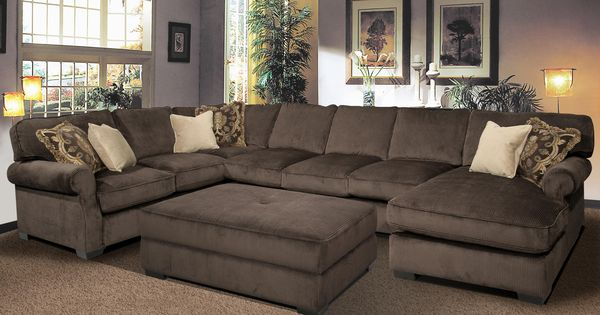 BIG AND COMFY Grand Island Large, 7 Seat Sectional Sofa with Right