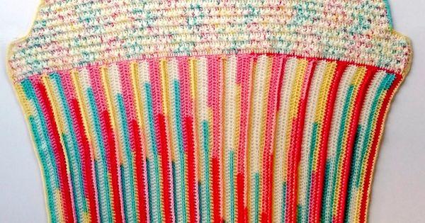Cupcake Baby Blanket - free crochet pattern on Mooglyblog ...