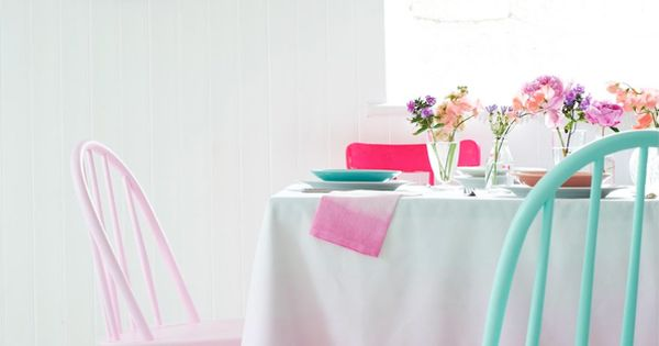 Love this fresh and fun dining/kitchen table concept: Pretty pastel colorblock chairs