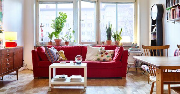 Modernes Wohnzimmer Mit Holzfu Boden U A Eingerichtet