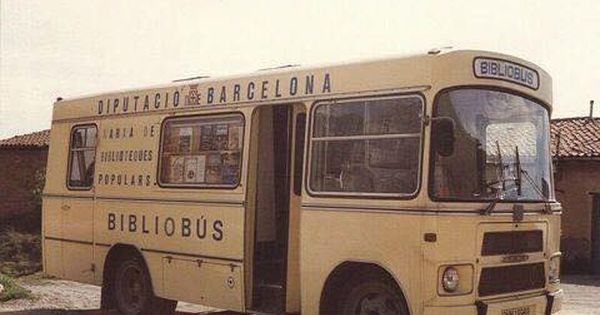 Imagenes Para El Recuerdo Antiguo Bibliobus De Barcelona Ano 1973 Biblioteca Movil Club De Lectura Centenario