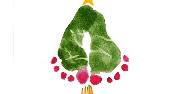 Cute Christmas craft idea for toddlers: foot print Christmas tree