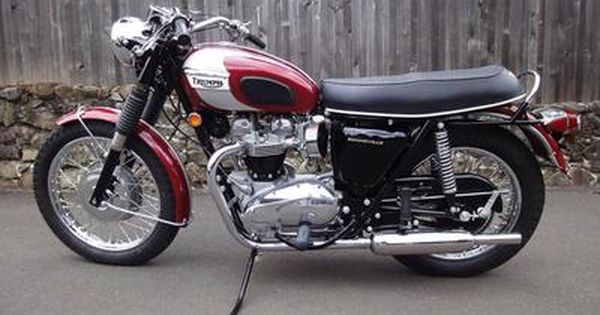 1970 triumph bonneville t120r motorcycle in astral red and silver