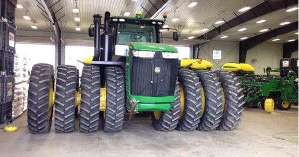 quad tires john deere must be a 9560r tractors. Black Bedroom Furniture Sets. Home Design Ideas