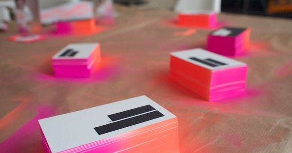 DIY spray paint fade edge business cards: