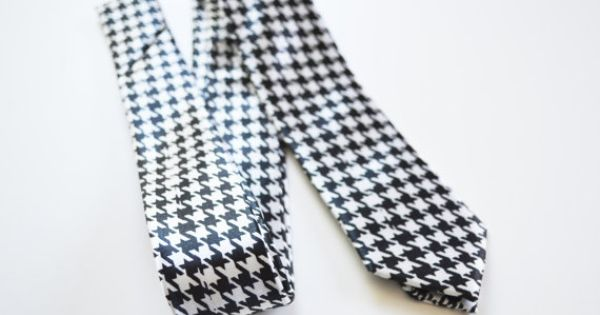 Mens Tie Black and White Modern Pattern Skinny by TiestheKnot, $8.99