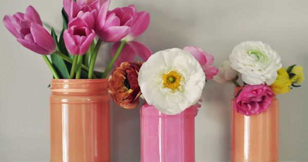 DIY Pretty Painted Jars