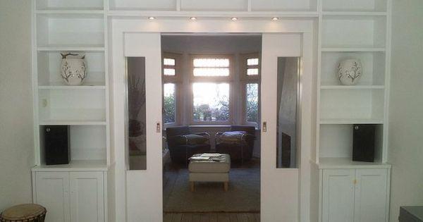 Kamer en suite gecreeerd met deze boekenkast de schuifdeuren verdwijnen in de wand - Kleur kamer volwassen foto ...