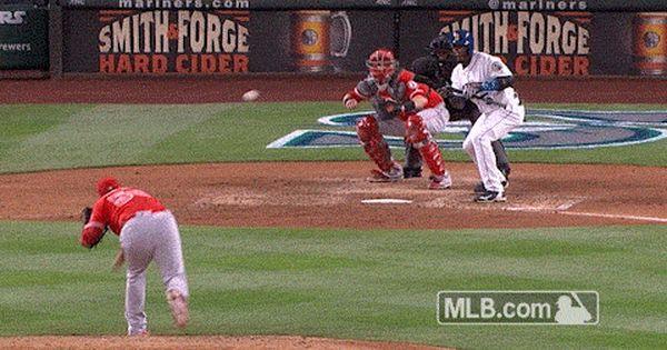 Andrelton Simmons Even Makes Defensive Gems When A Batter Doesn T Hit The Ball Baseball Field Major League Baseball Simmons