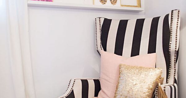 Adore this black and white chair. The lip wall art print adds