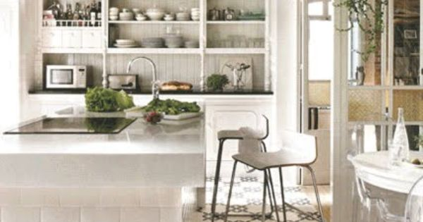 built-in open shelving| subway tile island| pretty flooring